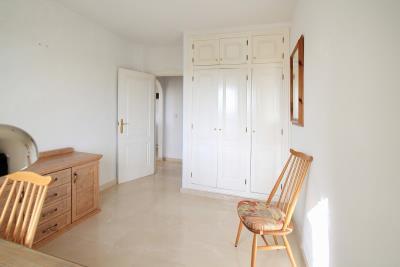 Downstairsbed1-2