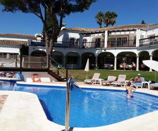El-Paraiso-Townhouse-Pool