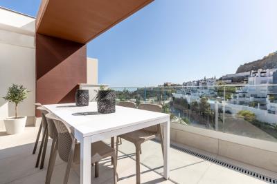 03---Balcony---Alborada-Homes---Full-Res