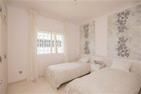 Image No.14-11 Bed Villa / Detached for sale