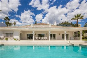 Image No.20-11 Bed Villa / Detached for sale
