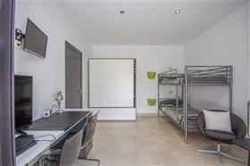 Image No.6-2 Bed Villa / Detached for sale