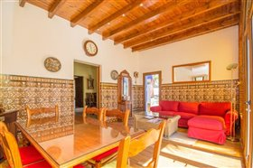 Image No.18-5 Bed Finca for sale