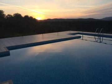 24-Pool-at-night