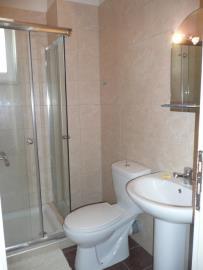 27-Bathroom1