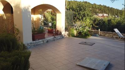 APARTMENT-FOR-SALE-IN-COMPLEX-IN-GAVALOCHORI-VILLAGE-WITH-BEAUTIFUL-OUTDOOR-AREAS-AND-SHARED-POOL-5