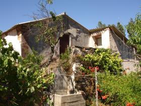 Image No.1-Maison de campagne de 2 chambres à vendre à Sertã