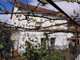 Castanheira de Pêra, Farmhouse