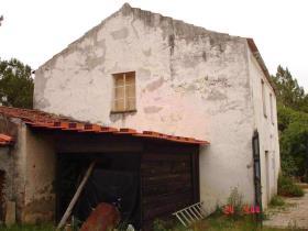 Image No.0-Ferme de 2 chambres à vendre à Sertã