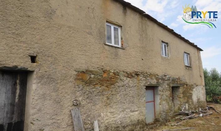 Oleiros, Country House>