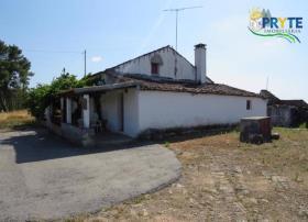 Image No.1-Maison de campagne de 3 chambres à vendre à Mação
