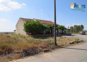 Image No.2-Maison de campagne de 3 chambres à vendre à Mação