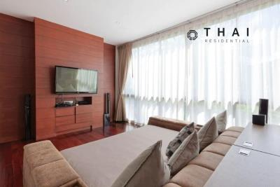 3_bedroom_golf_course_view_pool_villa_kathu_phuket_home_theatre_office