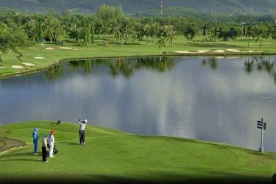 3_bedroom_golf_course_view_pool_villa_kathu_phuket_outside