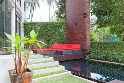 3_bedroom_golf_course_view_pool_villa_kathu_phuket_pool_lounge