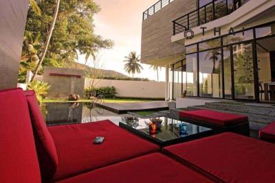 3_bedroom_golf_course_view_pool_villa_kathu_phuket_pool_lounge2