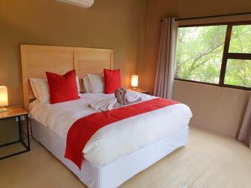 4-Woodland-Suite---Bedroom