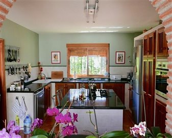 20181215000914000000775-country-house-for-sal