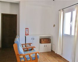 Image No.13-8 Bed House for sale