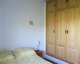 Image No.20-8 Bed House for sale