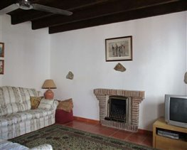 Image No.26-8 Bed House for sale