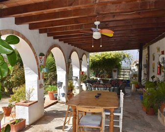 2018121012470800000089finca-for-sale-country-