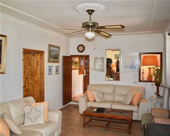 20181210124753000000121finca-for-sale-country