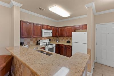 Kitchen--4-