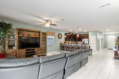 Family-Room--Kitchen