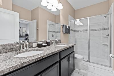 Double-Master-Bathroom--2-