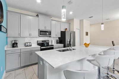Kitchen--2-