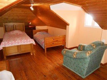 Dormitory-2-house-Ponta-do-Sol
