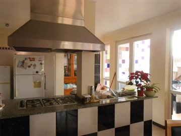 Kitchen-house-Funchal