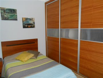 bedroom-1a-house-016
