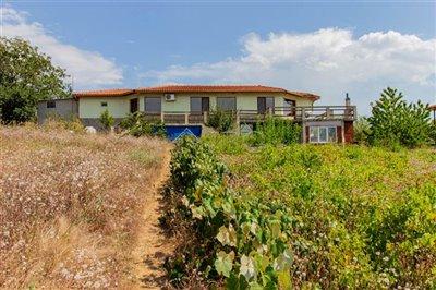 1597993578house-near-beach-obzor-img4888