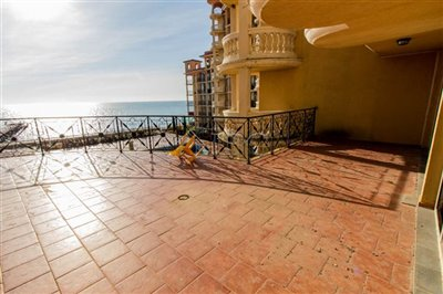 16142415061-bedroom-andalucia-beach-hotel-ele