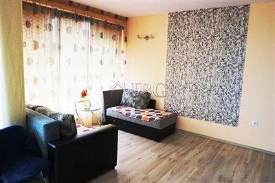 16162596832-bedroom-sveti-vlas-residential-2