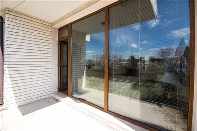 16177177632-bed-house-withpool-view-most-popu