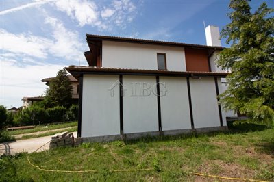 16231538463-bed-new-house-near-the-beach-and-