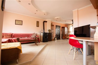 16275675192-bed-large-apartment-in-ruse-cente