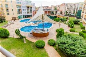 Image No.2-Appartement de 2 chambres à vendre à Sunny Beach