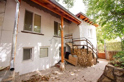 16347335992-bed-renovated-house-near-ruse-93