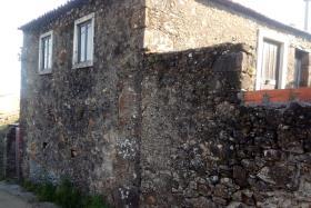 Miranda do Corvo, Country House