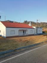 Ameixial, Country House