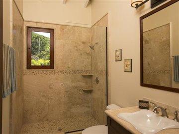 bathroom-off-living-room