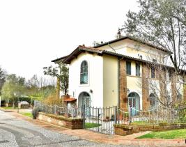 Formello, Country Property