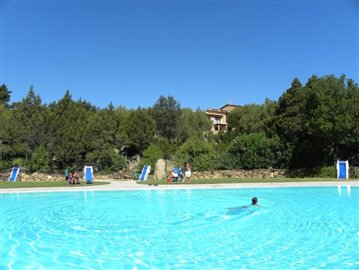 Res--Bouganville-PISCINA-2