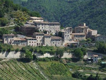 castello-di-colle-sellano-04