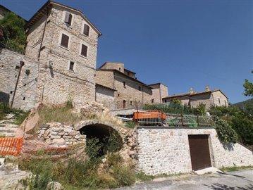 castello-di-colle-sellano-09