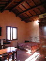 Image No.20-7 Bed Country House for sale